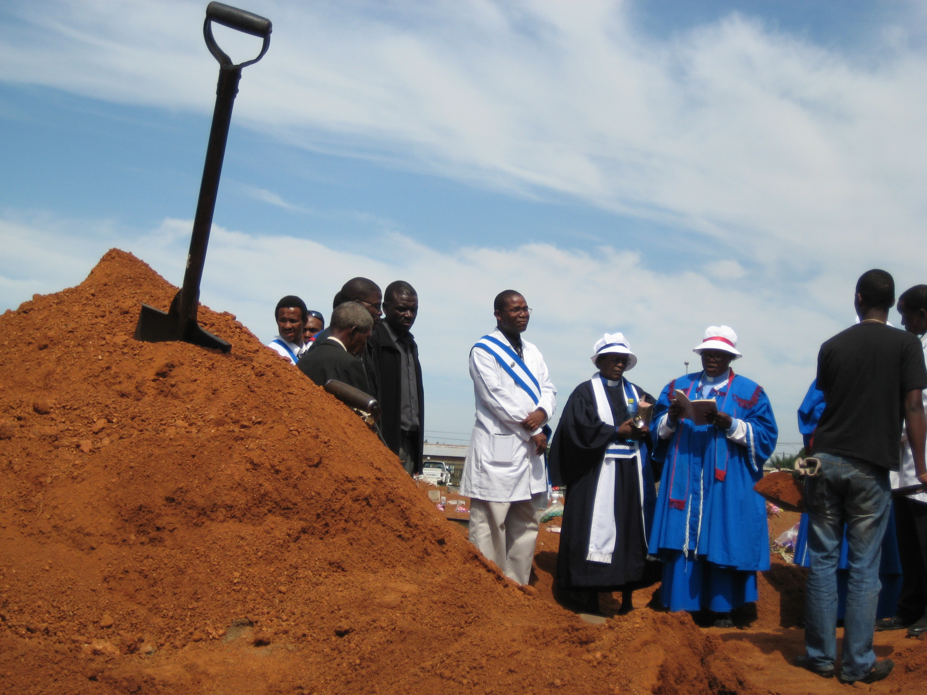 One of innumerable shovels used to fill the endless graves of Soshanguve today.