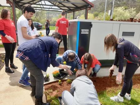 Volonteri posjetili JU Centar za dnevni boravk u Prijestonici