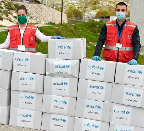 UNICEF pomogao romskim i egipćanskim porodicama na Cetinju