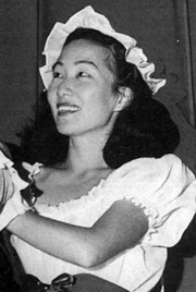 photo of Florence Ahn in Gilbert and Sullivan's Patience