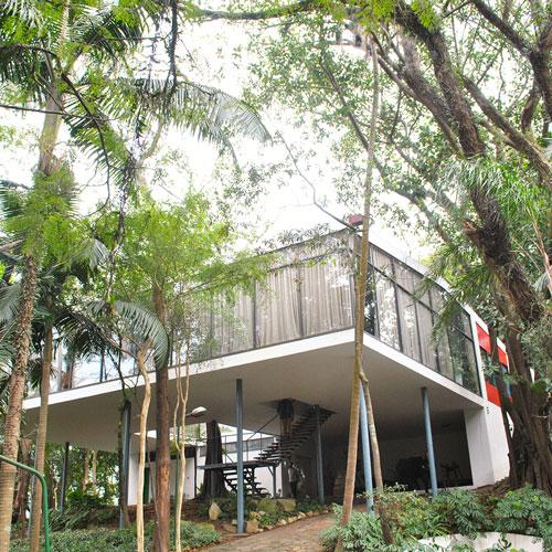 Visita à Casa de Vidro em São Paulo