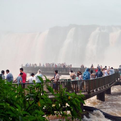 Conheça as Cataratas do Iguaçu em Foz do Iguaçu