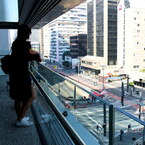 Conheça o Instituto Moreira Salles na Avenida Paulista