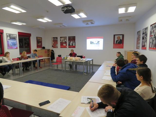 Gradsko društvo Crvenog križa Zagreb počinje s održavanjem programa Tečaja prve pomoći za autoškole i radne organizacije