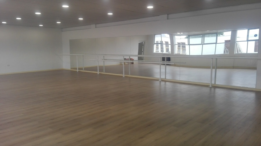 Saln Ballet Instituto Ingles  Ideas Remodelacin Edificio