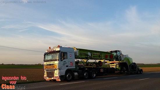 Claas machines op transport met van Der Vlist Twente. Deel 1