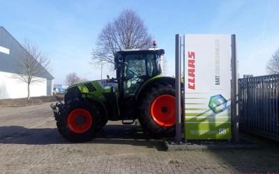 735 Claas pk's voor landbouwbedrijf Jan Bakker.