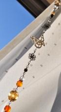 蝶と薔薇と天然石のサンキャッチャー