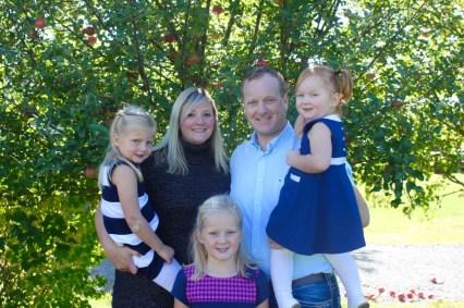 family-thanksgiving-2016