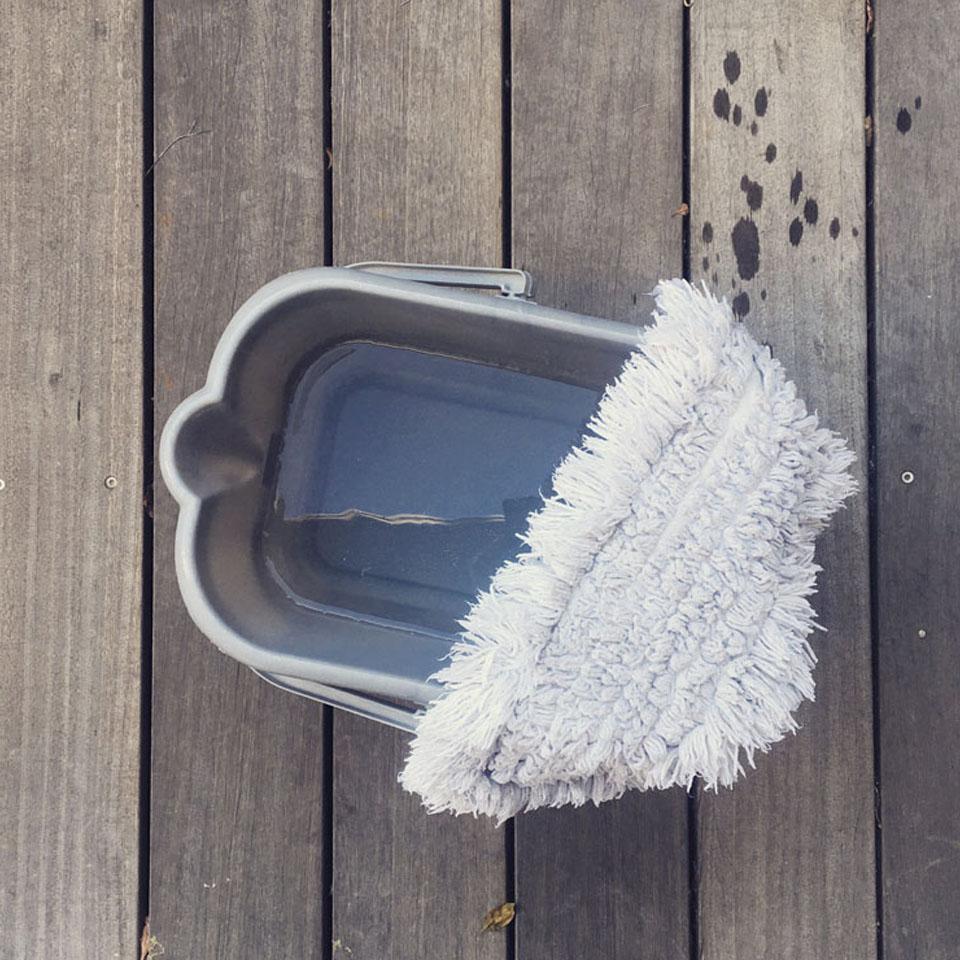 Nettoyer les sols au naturel : toutes les astuces