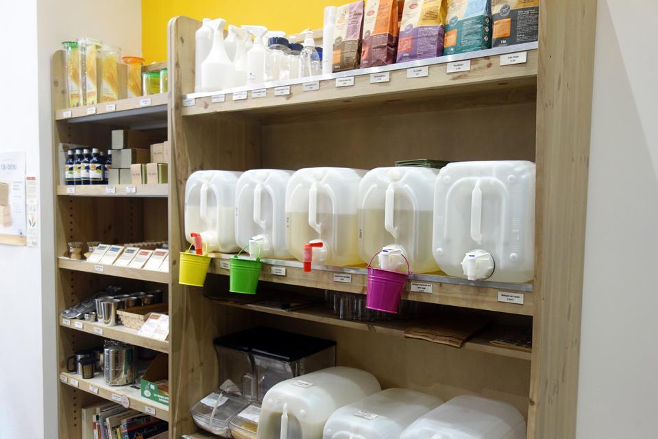 Tous les produits de base pour fabriquer ses produits ménagers