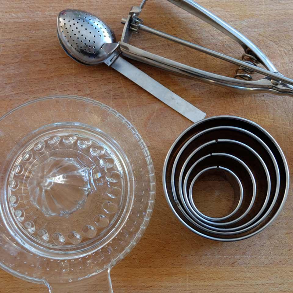Des ustensiles durables en acier inoxydable et en verre