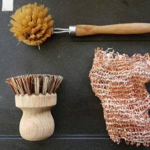 Accessoires durables pour faire la vaisselle à la main
