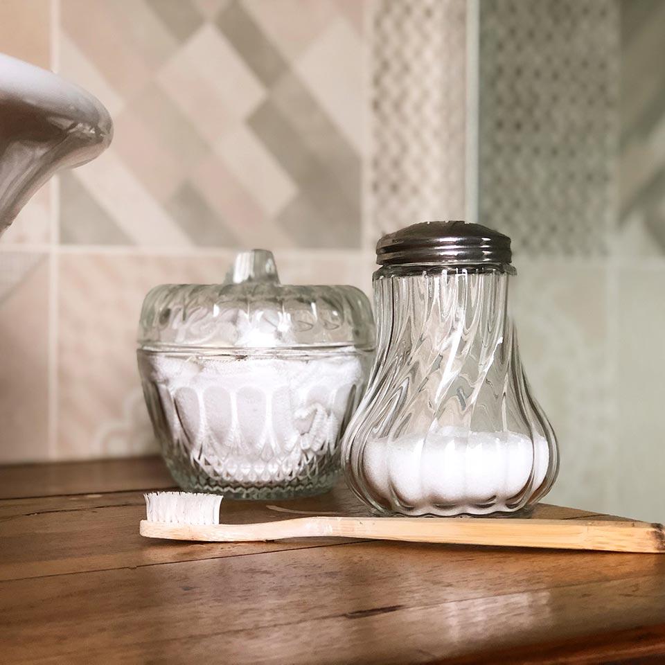 Les ingrédients pour nettoyer les joints de la salle de bains au naturel