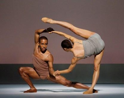 Chroma Choreography by Wayne McGregor Alvin Ailey American Dance Theater Credit Photo: Paul Kolnik studio@paulkolnik.com nyc 212-362-7778