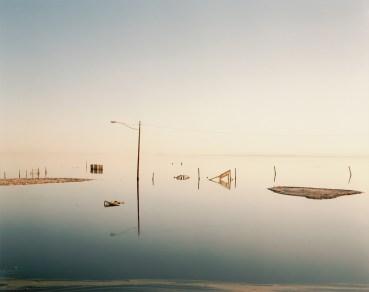 Submerged Lamppost.EPS