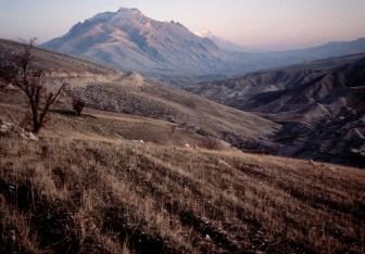 IRAQ. 1991. Mountains of Kurdistan, Northern Iraq.
