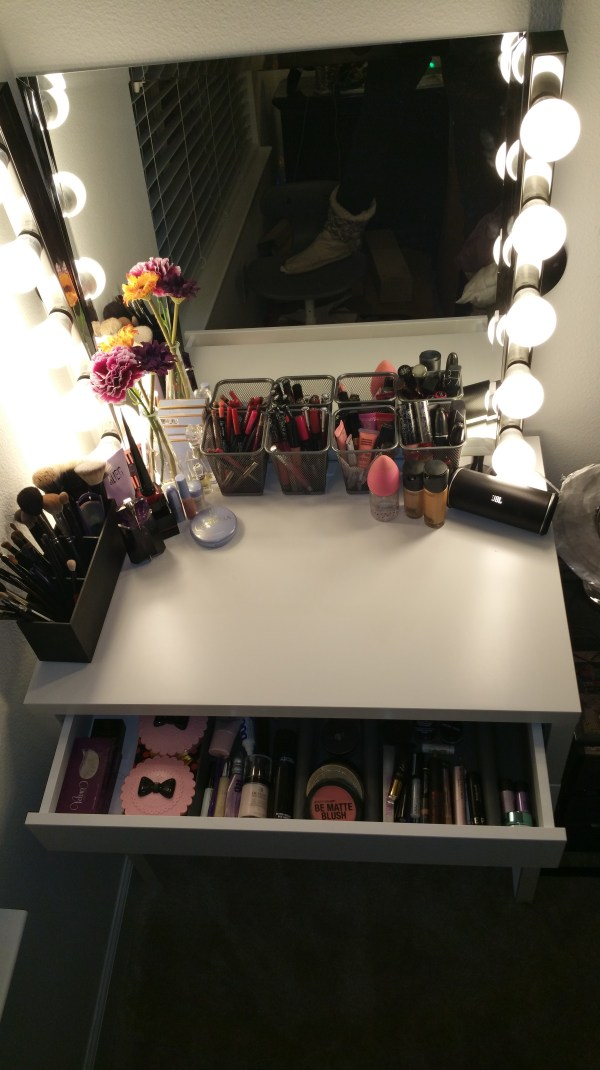 Diy Hollywood Style Makeup Vanity Ikea Claire Bear X3