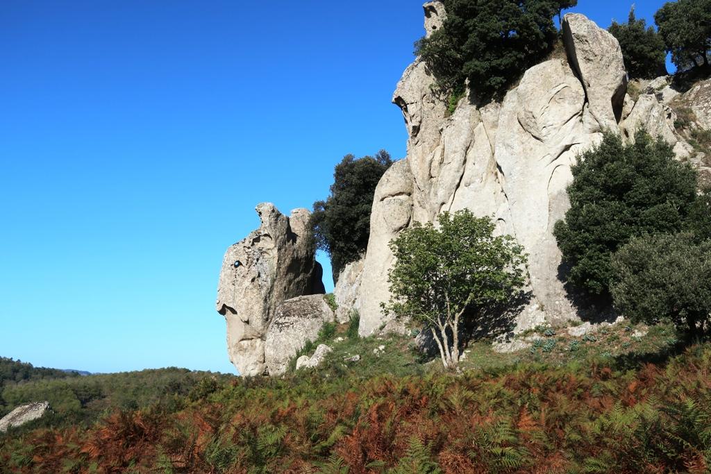 rocca dell'argimusco vicino montalbano elicona