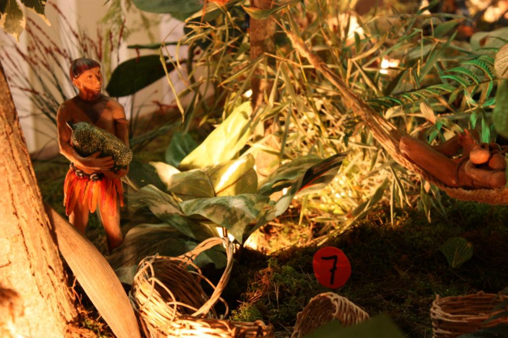 presepe di una tribù amazzone ai presepi di Caltagirone