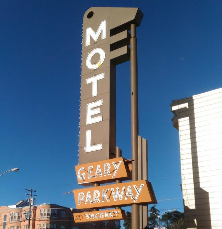 insegna di un motel a san francisco dove abbiamo fatto un viaggio con i bambini
