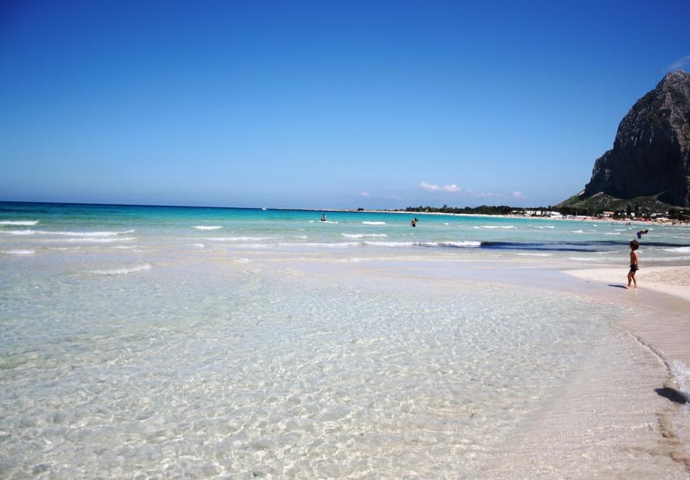 spiaggia di san vito lo capo in Sicilia ideale per i bambini