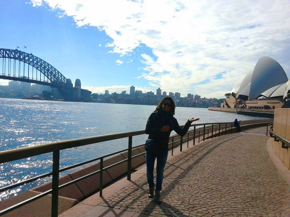 assitente di volo Emirates a Sydney