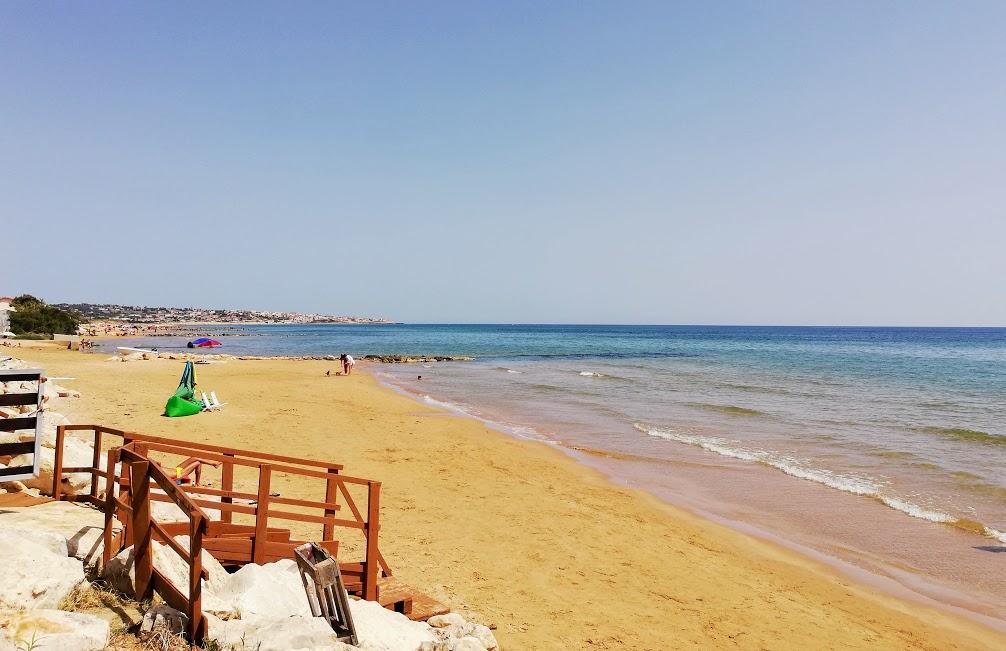 casa sulla spiaggia a donnalucata_accessospiaggia