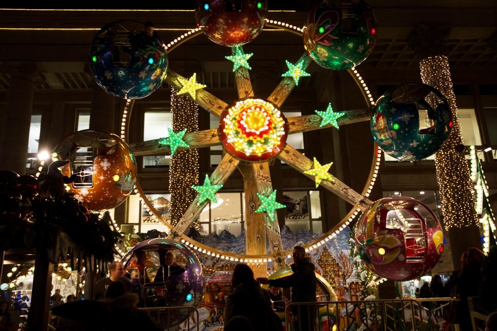 giostra ai mercatini di Natale in Germania