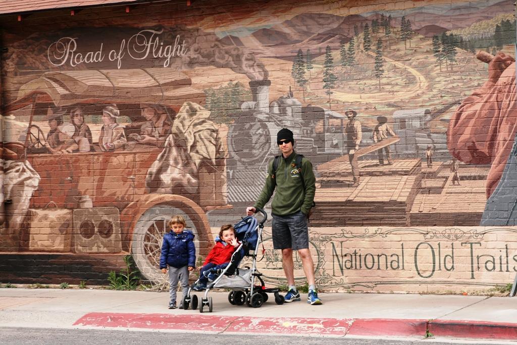 papà e bambini sulla route 66