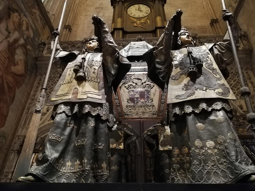mausoleo di Cristoforo Colombo a Siviglia