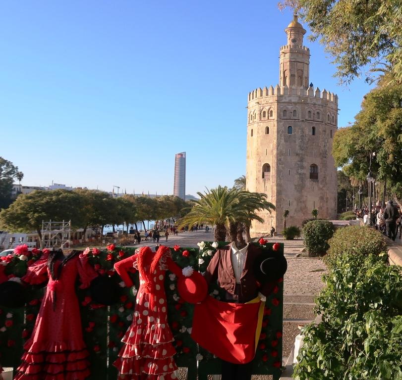 la torre del oro di Siviglia da visitare con i bambini