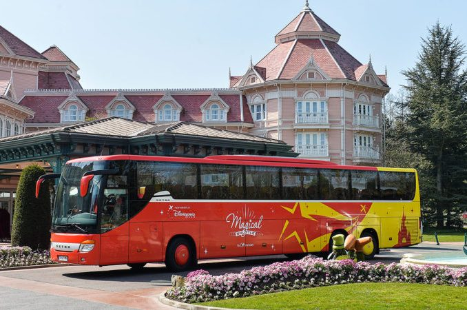 magical shuttle di Disneyland Paris