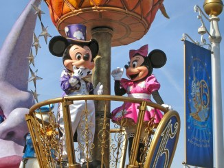 topolino e minnie a Disneyland Paris
