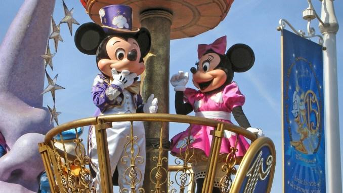 topolino e minnie a Disneyland Paris