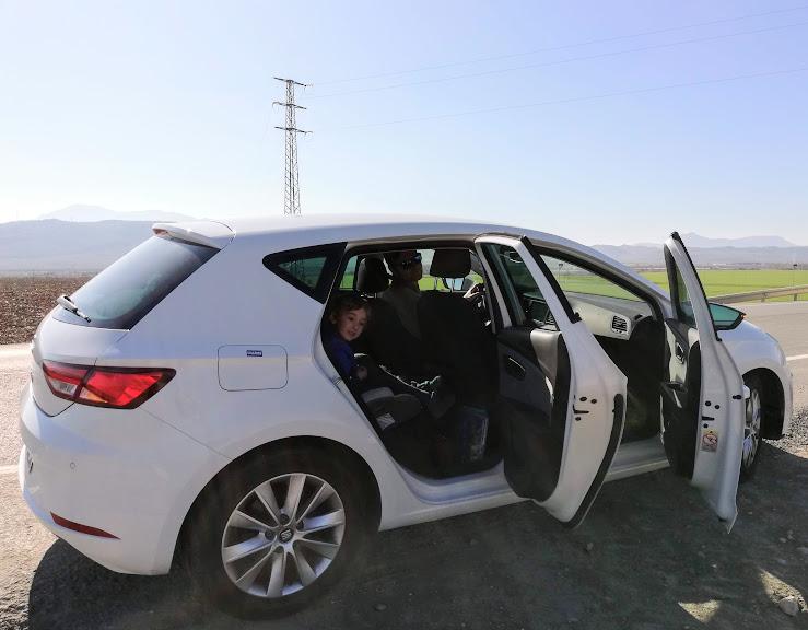 auto a noleggio per itinerario in andalusia con i bambini