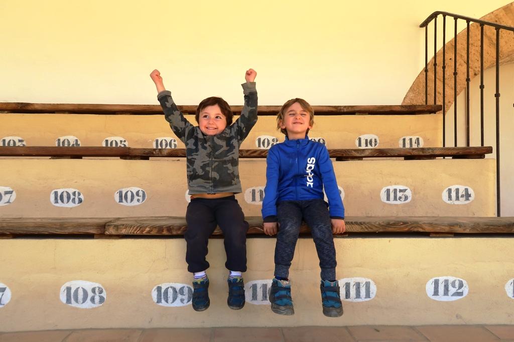bambini che giocano a Ronda