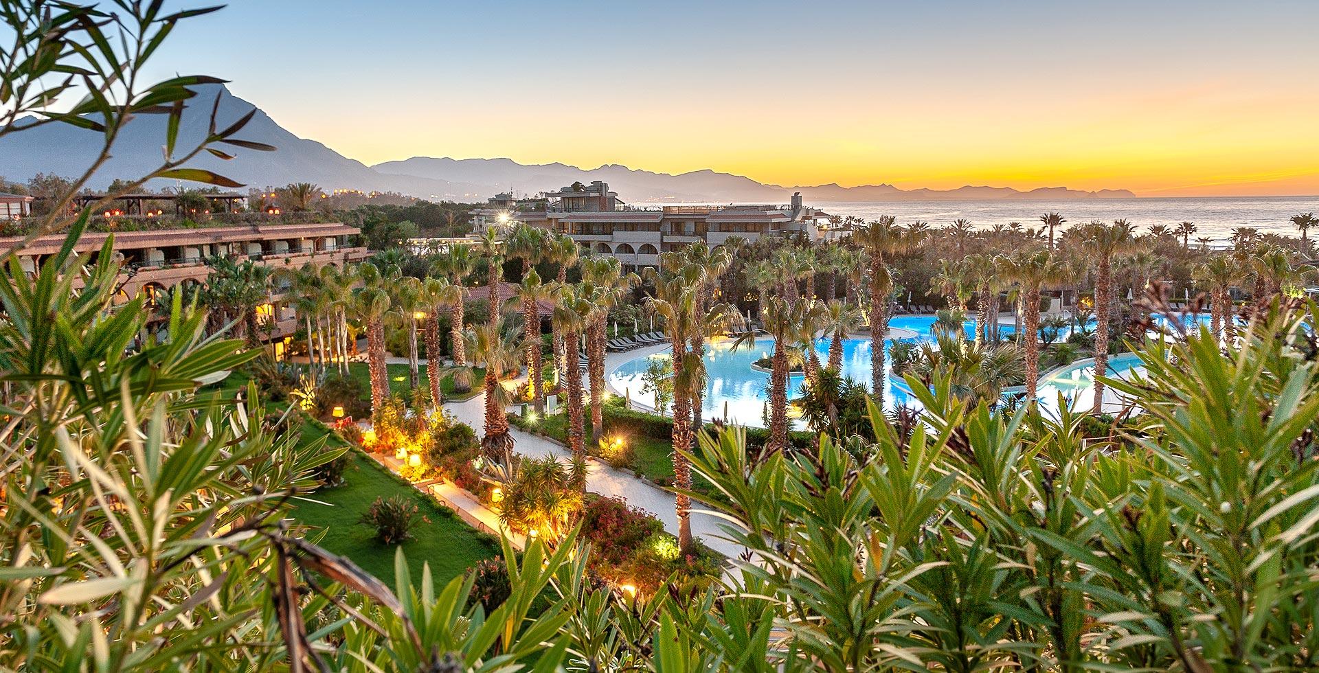 piscina di un villaggio turistico in Sicilia