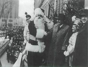 Après la seconde guerre mondiale, le monde découvre le Père Noël.