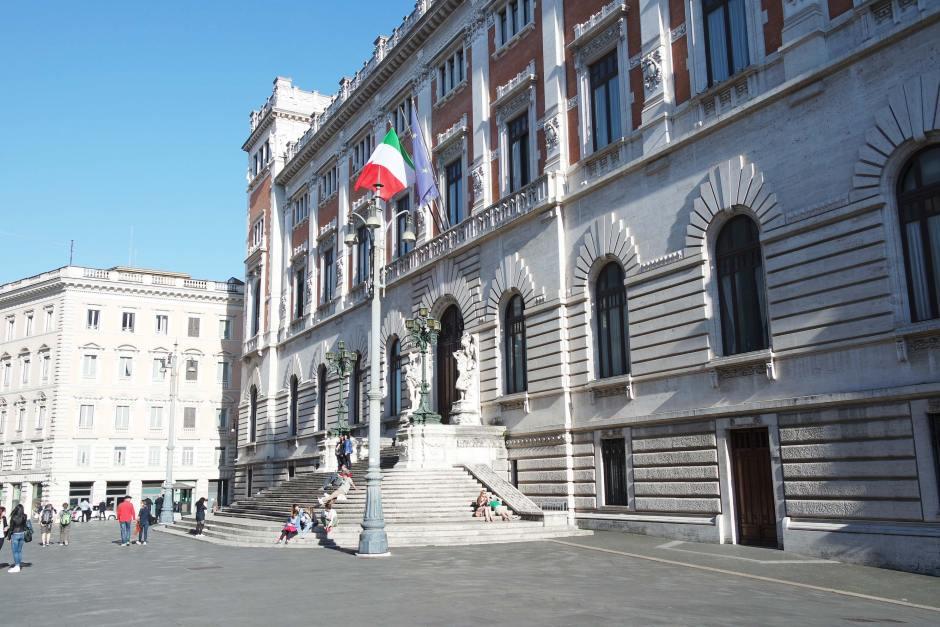 parlement rome italie