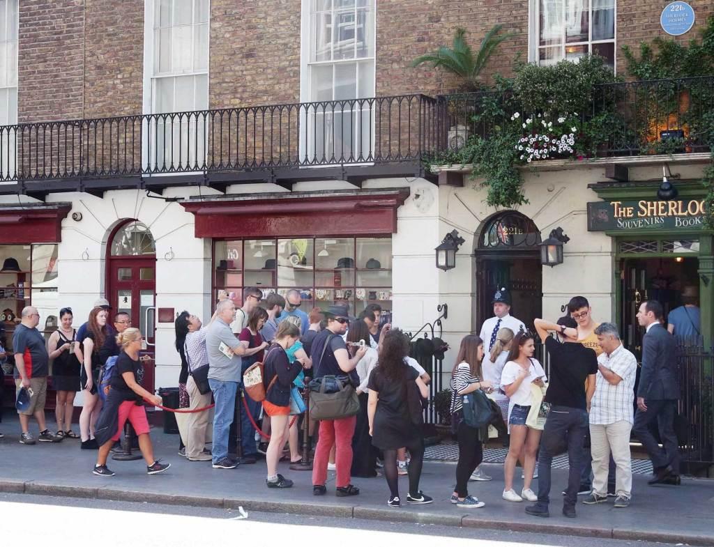 Sherlock Holmes londres 221 baker street