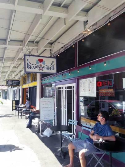 big-island-clairesblog-hawaii-bears-coffee-bagels-3