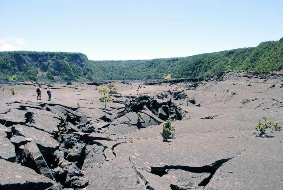 big-island-clairesblog-hawaii-volvan-kilauea-iki-trail-4