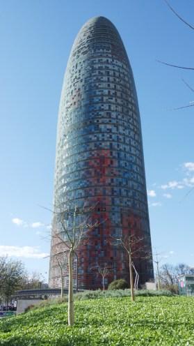 torre-agbar-poblenou-tour-jean-nouvel-barcelone-espagne