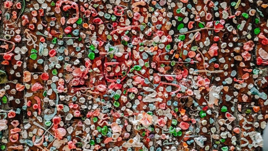 gum wall pike market seattle