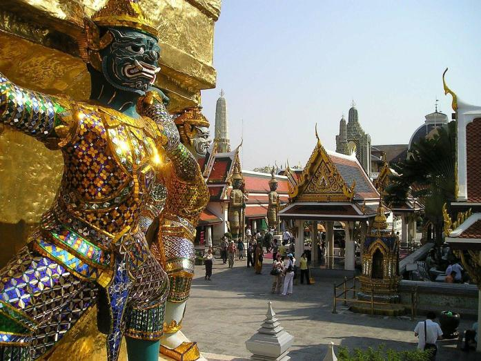The Insider's Guide to Travel in Thailand Like a Yogi