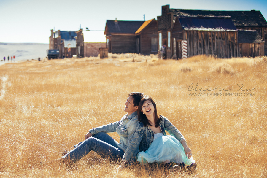 Eastern_Sierra_Fall_Bodie_Ghost_Town_Engagement-06