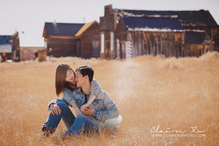 Eastern_Sierra_Fall_Bodie_Ghost_Town_Engagement-07