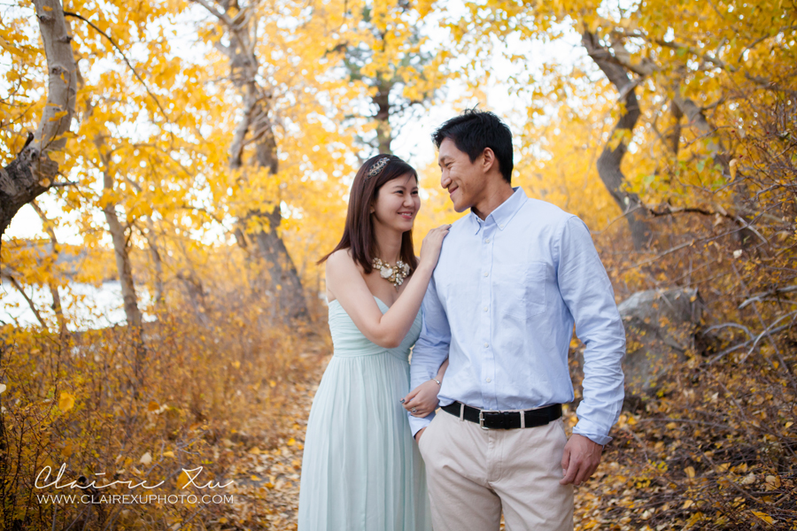 Eastern_Sierra_Fall_Mammoth_Lake_Engagement-13