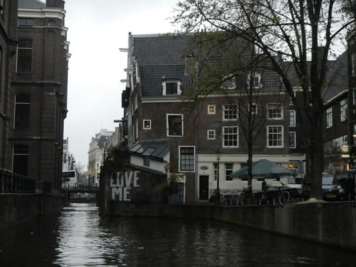 Balade sur les canaux à Amsterdam